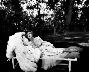 2_Helmut Newton, Elizabeth Taylor, Los Angeles 1985_copyright Helmut Newton Estate.jpg