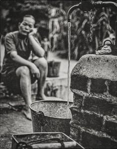 03_2. Precious Water, Chai Wan, 1959 © f22 foto space.jpg