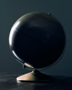Rotating globe - 2018 © Philippe Braquenier : courtesy The Ravestijn Gallery.jpg