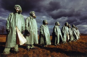 2_DGPh-Presse_0008_Üben für das Ende der Welt_Moskau 1990.jpg