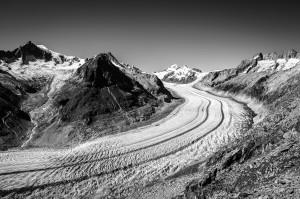 EagleWings_Vanishing_Aletsch_GlacierIII©2016NomiBaumgartl_ 300dpi.jpg