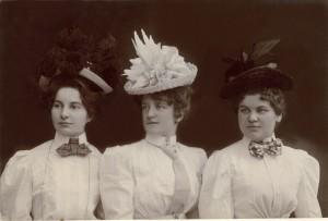 Anonym_um 1910.jpg