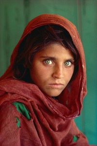 9_McCurry_AfghanischesMädchen_1984 Internet.jpg
